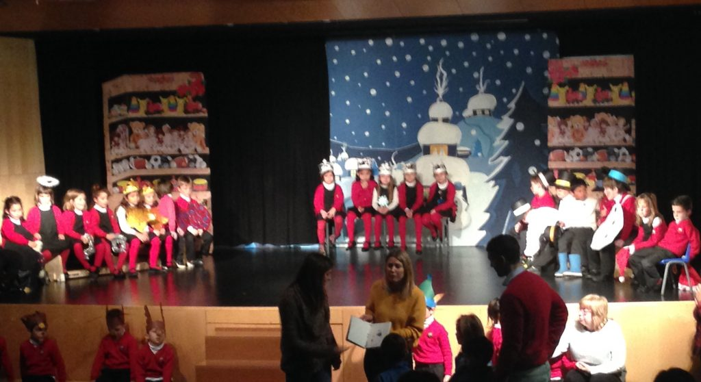 St. Peters School - Escola Garbín - Theater performance